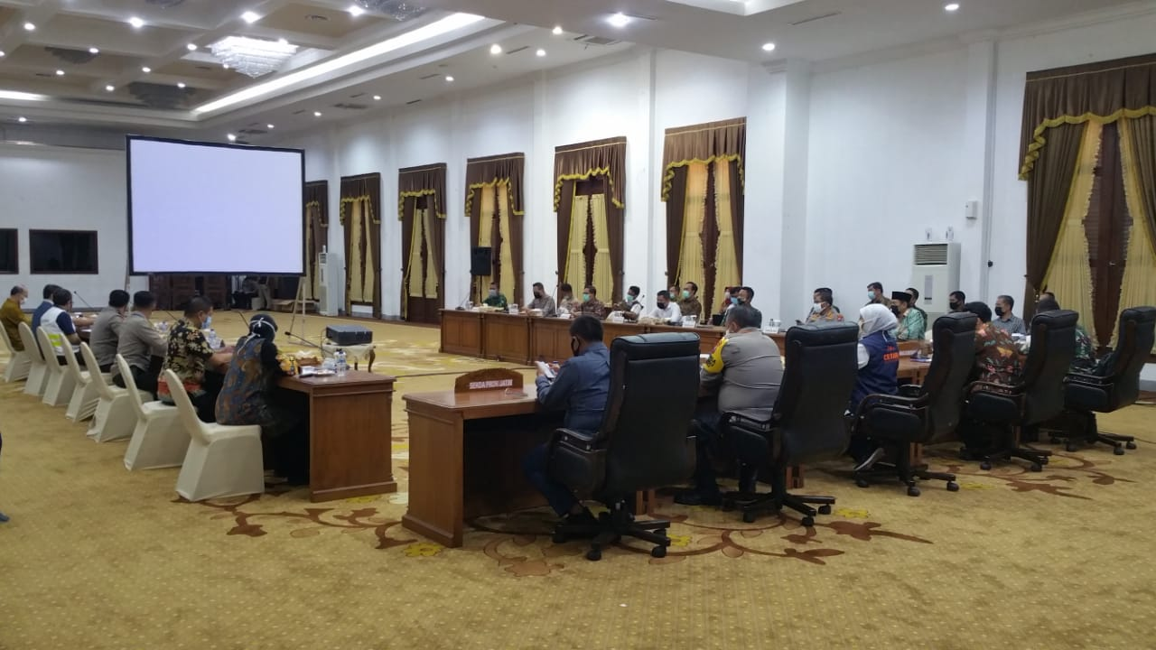Rapat Koordinasi membahas persiapan pembatasan PSBB 19-04-2020